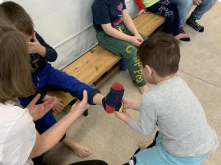 Közösségre való felkészítő csoportok autista gyermekek számára